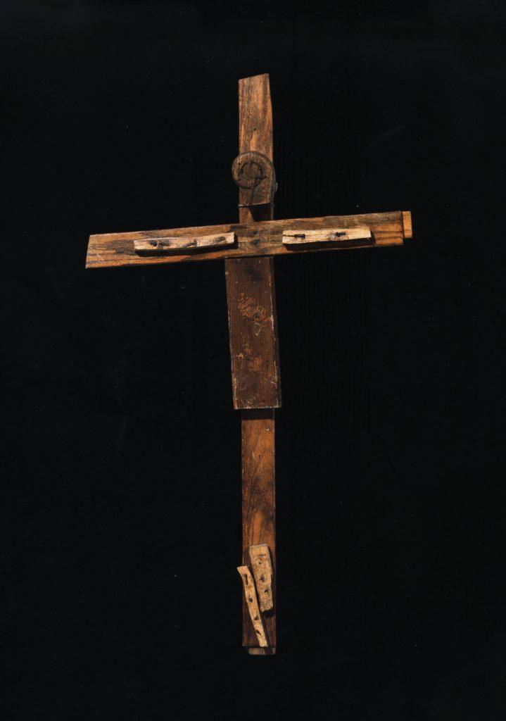 Jean-Pol Godart, sans titre, entre 1994 et 2004, bois et métal, 115 x 65 cm (photo Prodia)